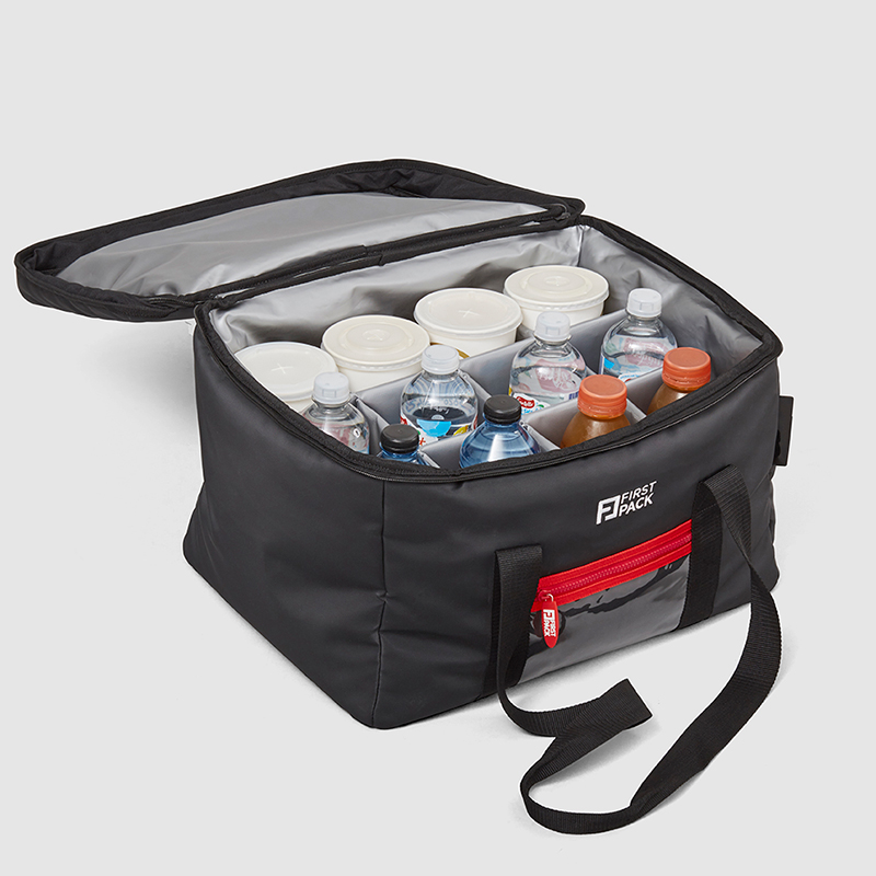 Cool Bag open  WITH DRINKS
